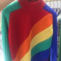 彩虹中领毛衣