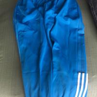 短条运动裤