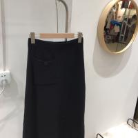 黑色针织口袋裙