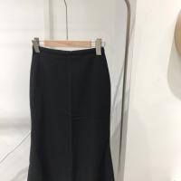 黑色鱼尾裙