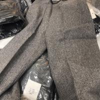 灰色阔腿裤