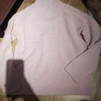 粉色中领麻花袖