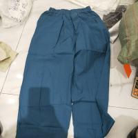 蓝色阔腿裤