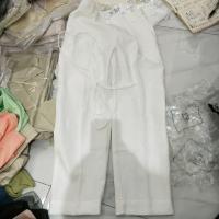 白色腰带西装裤