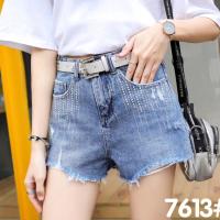 7613女式短裤