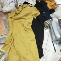两色系带连衣裙