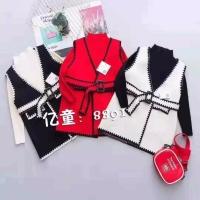 芭娜娜马甲两件毛衣