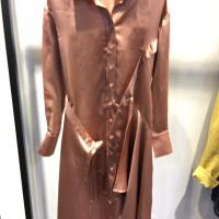 时尚衬衣裙