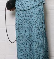 排褶半身裙