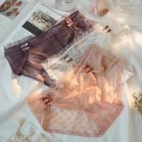 女蕾丝盒裤
