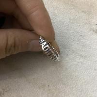字母银戒指