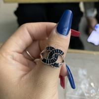 香奈儿黑钻戒指