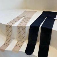 巴黎世家字母丝袜