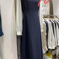 袖子拼色连衣裙