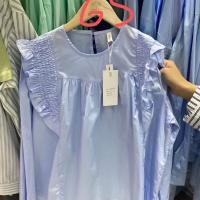手工花边衬衫
