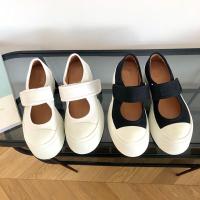 玛丽珍帆布鞋