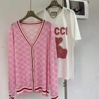 粉色古驰开衫