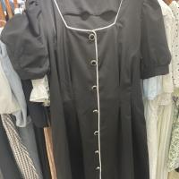 一排扣腰带裙